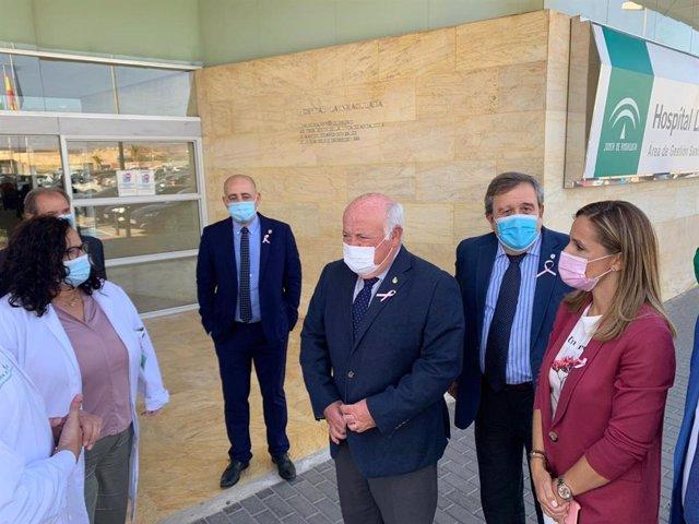 Jesús Aguirre visita el Hospital Comarcal de La Inmaculada, en Huércal-Overa (Almería)