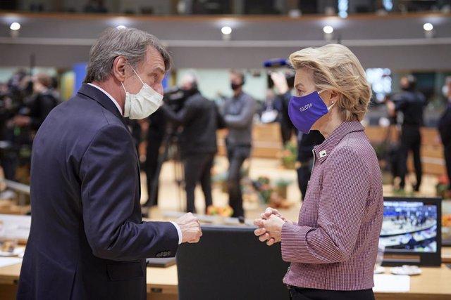 UE.- La Eurocámara y la Comisión retoman su actividad en remoto por el avance de