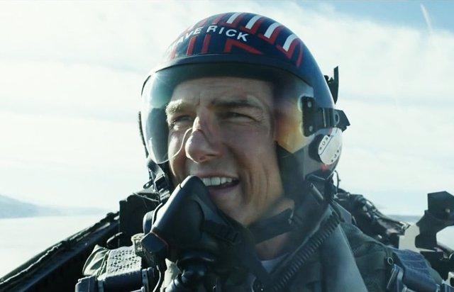 Tom Cruise vuelve a pilotar aviones en Top Gun: Maverick