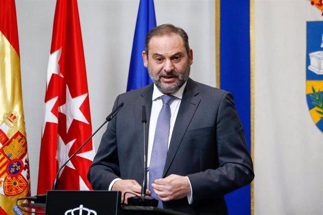 El ministro de Transportes, Movilidad y Agenda Urbana, José Luis Ábalos, en un acto en Fuenlabrada el 16 de octubre de 2020.