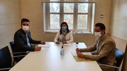 El Ayuntamiento de València costeará tratamientos odontológicos y audífonos para personas vulnerables