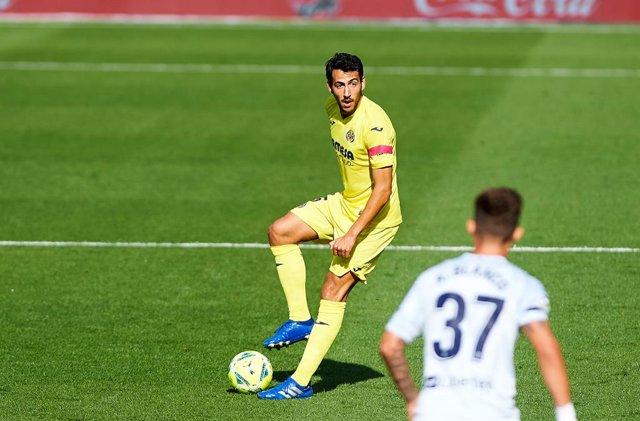 Fútbol.- Parejo sufre una lesión muscular y será baja en la Liga Europa