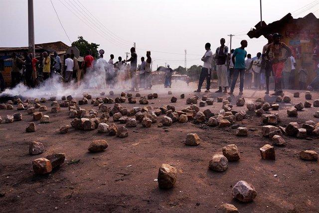 """Camerún.- HRW pide a Camerún liberar a miembros de la oposición detenidos """"arbit"""