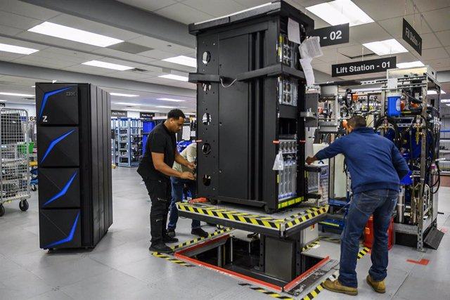 EEUU.- IBM eleva un 1,5% el beneficio en el tercer trimestre, hasta 1.443 millon