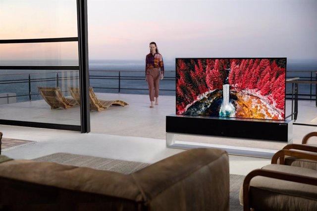 El televisor enrollable de LG ya está a la venta por 87.000 dólares
