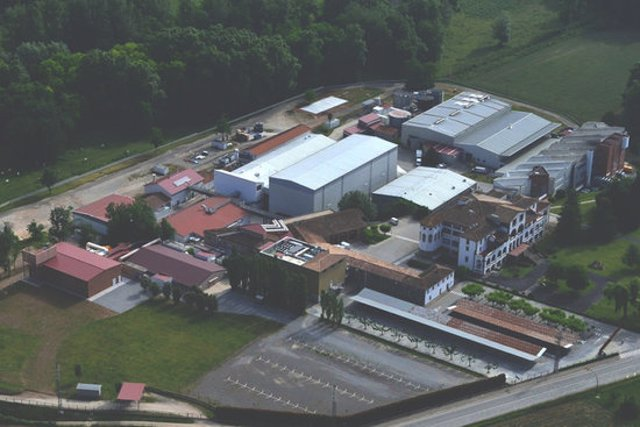 Pla general de la planta de Zoetis a la Vall de Bianya, en una imatge cedida aquest 20 d'octubre del 2020. (Horitzontal)