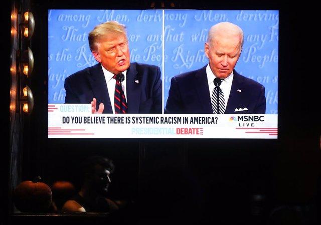 EEUU.- Los organizadores del debate entre Trump y Biden apagarán los micrófonos