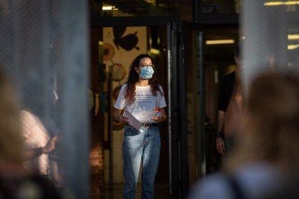 Catalunya contabiliza 1.909 grupos escolares confinados por coronavirus y un centro cerrado