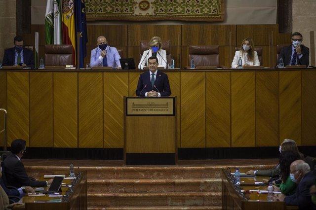 El presidente de la Junta de Andalucía, Juanma Moreno, abre el Debate sobre el Estado de la Comunidad en el Parlamento andaluz. Sevilla (Andalucía, España), a 20 de octubre de 2020.