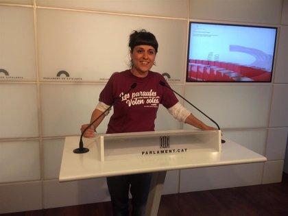 La defensa de Anna Gabriel reprocha a Llarena no enviar su causa a los juzgados de Barcelona