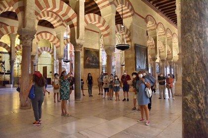 La Mezquita-Catedral de Córdoba amplía su horario en fin de semana tras recibir casi 25.000 turistas durante los Patios