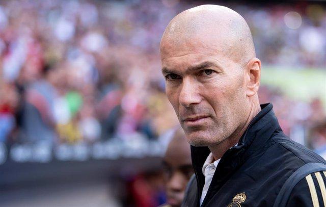 """Fútbol/Champions.- Zidane: """"Las críticas nos van a hacer más fuertes"""""""