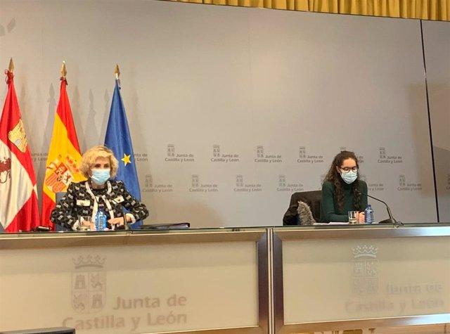 Rueda de prensa de la consejera de Sanidad (izquierda) acompañada por una enfermera que trabaja como rastreadora.