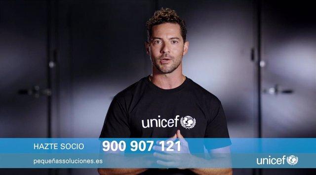 El cantante y embajador de Unicef España David Bisbal se ha sumado a la campaña '#PequeñasSoluciones'