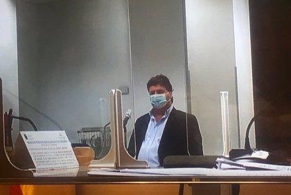 """El alcalde de Cayón recurrirá la sentencia que le inhabilita 9 años: """"Soy inocente"""""""