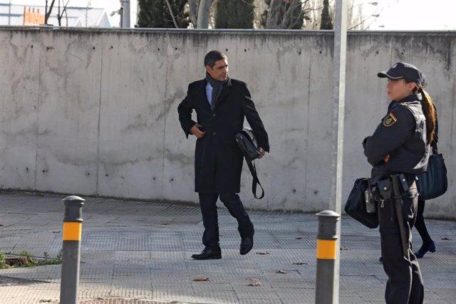 El mayor de los Mossos d'Esquadra, Josep Lluís Trapero, a su salida de la Audiencia Nacional.