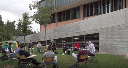 """El Campus de Alcoy de la UPV apuesta por la enseñanza """"innovadora"""" al aire libre"""
