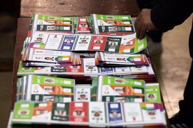 Papeletas electorales en Bolivia