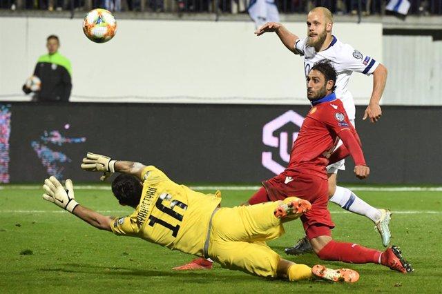 """Fútbol.- La UEFA suspende los partidos europeos en Armenia y Azerbaiyán por la """""""