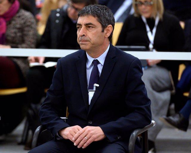 El exmayor de los Mossos d'Esquadra, Josep Lluís Trapero, durante la primera jornada del juicio en el que se le acusa de rebelión, por los hechos ocurridos durante el 1-O, en la Audiencia Nacional, Madrid /España, a 20 de enero de 2020.