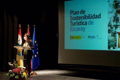 """Andreu: """"El Plan de Sostenibilidad Turística contribuirá a la recuperación de Ezcaray y su entorno"""""""