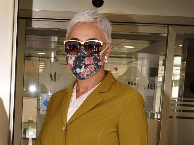 Ana María Aldón ha sido condenada a pagar 4.800 euros al diseñador de su traje de novia