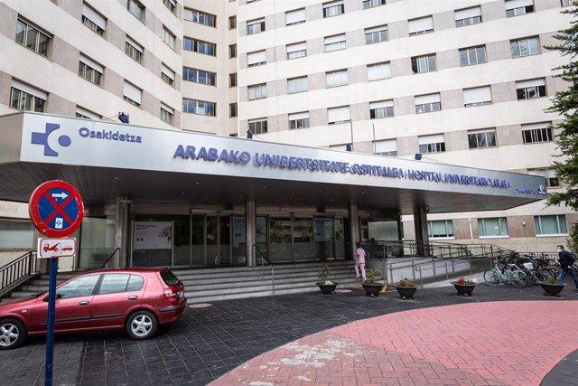 Exterior del Hospital de Txagorritxu (Vitoria), a 8 de junio de 2020.