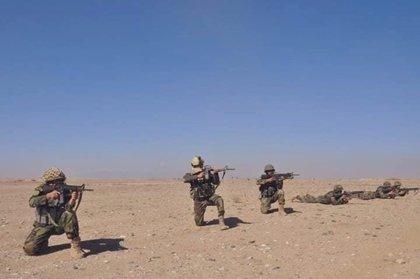 Mueren alrededor de 20 miembros de las fuerzas de seguridad en un ataque de los talibán en Afganistán