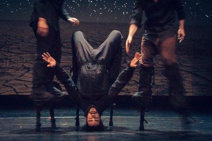 """Sidi Larbi Cherkaoui vuelve al Teatro Central con 'Nomad', """"un universo voluble inspirado en los desiertos"""""""