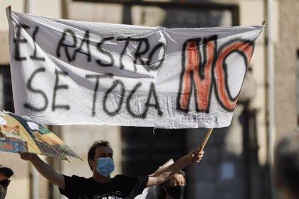 """El Ayuntamiento achaca el cierre del Rastro a la """"falta de corresponsabilidad de algunos comerciantes"""""""