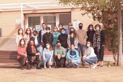 Una veintena de personas buscan empleo de manera colaborativa en un programa de PalmaActiva