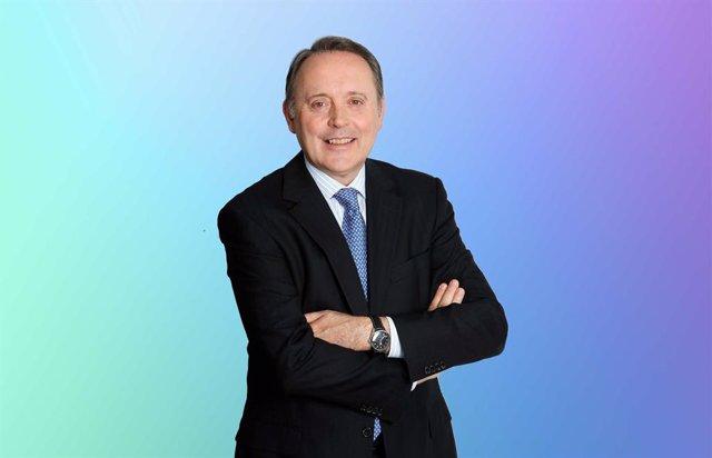 Castells afirma que FIATC priorizará el compromiso social