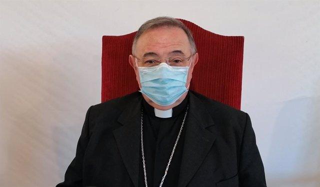 El obispo de Mondoñedo-Ferrol, nombrado nuevo prelado de la diócesis de León