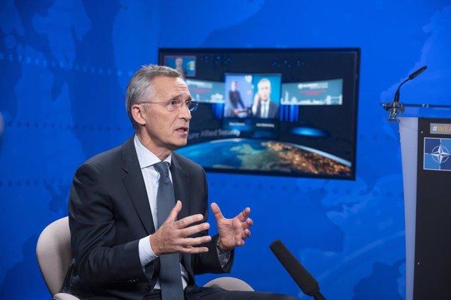 Armenia/Azerbaiyán.- La OTAN traslada a Armenia que no es parte del conflicto en