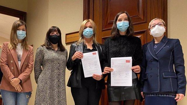 La portavoz socialista de Sanidad, Ana Prieto, registra en el Congreso una proposición no de ley sobre medidas para su consideración en lo relativo a la protección de la atención primaria.