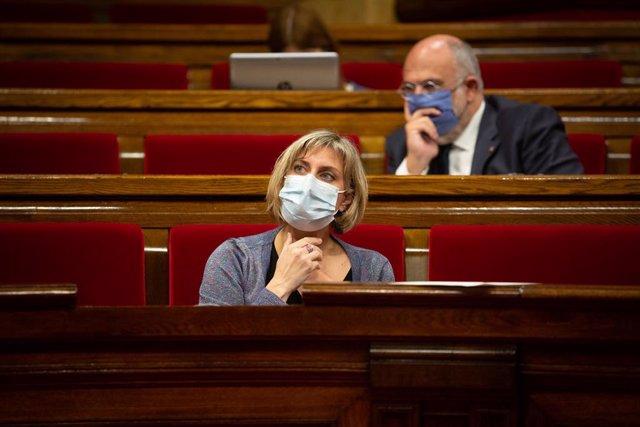 La consellera de Salut de la Generalitat, Alba Vergés, durant un ple celebrat en el Parlament de Catalunya per tractar la crisi sanitària del coronavirus, a Barcelona, Catalunya, (Espanya), a 6 d'octubre de 2020.