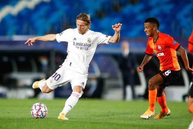 """Fútbol/Champions.- Modric: """"Es bueno que el próximo partido sea el Clásico"""""""