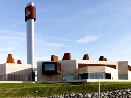 El ERE de Indra podría afectar a los 70 trabajadores del 'búnker' del Banco Santander en Cantabria, según CCOO