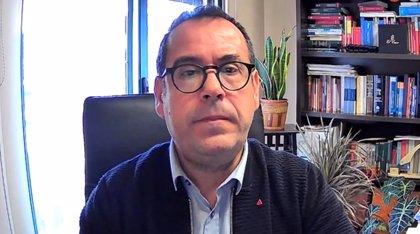 IU insta a agentes sociales a pedir la dimisión o cesión de la Consejera de Bienestar Social