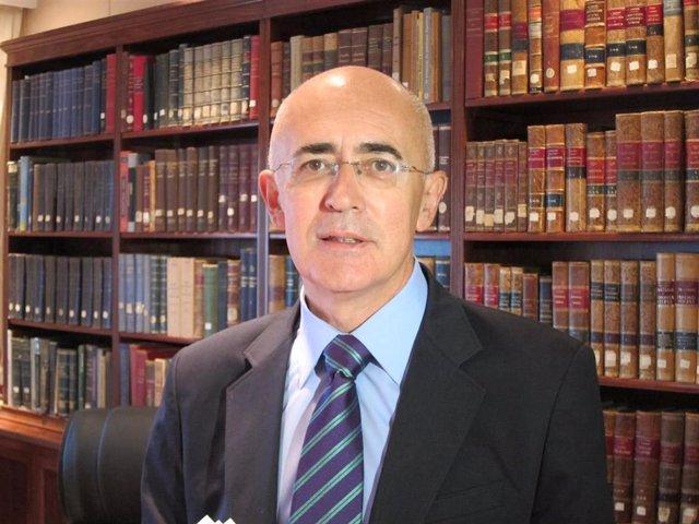 Carlos Arjona, Presidente Colegio Médicos Cáceres