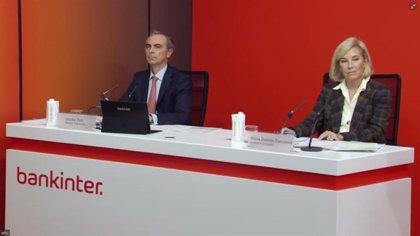 Dancausa (Bankinter) advierte de que las ventajas de las fusiones bancarias no siempre se cumplen
