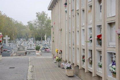 Los cementerios tendrán circuitos diferenciados, aforo menor al 60% y no se podrá comer ni fumar dentro