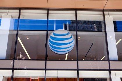 AT&T gana un 25,4% menos en el tercer trimestre, hasta 2.335 millones