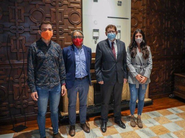 (I-D) Fran Ferri, Manolo Mata, Ximo Puig Y Naiara Davó