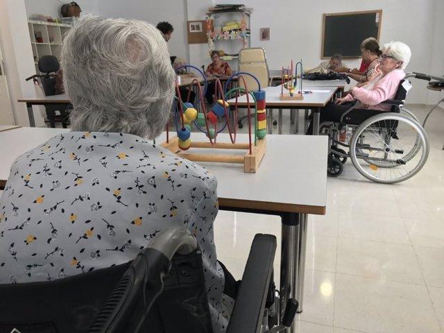 Atención a la dependencia, centros de mayores, en una imagen de archivo
