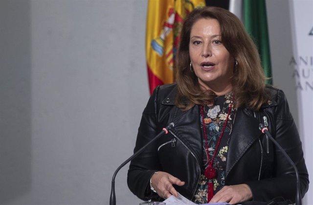La consejera de Agricultura, Ganadería, Pesca y Desarrollo Sostenible, Carmen Crespo, durante su intervención en la rueda de prensa posterior al Consejo de Gobierno de la Junta de Andalucía. En Sevilla (Andalucía, España), a 22 de octubre de 2020.