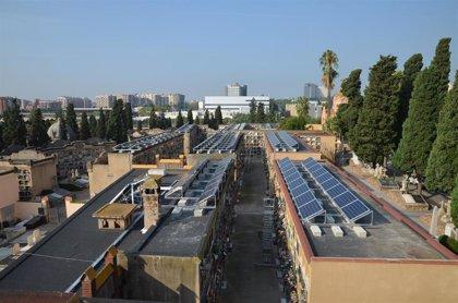 Las funerarias catalanas piden escalonar visitas a los cementerios por Todos los Santos