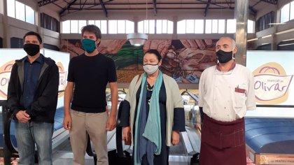 El Mercado del Olivar estrena un mural del mallorquín Joan Aguiló sobre el mundo rural