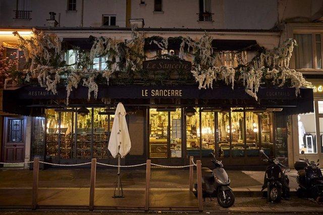 Restaurant tancat pel toc de queda a París