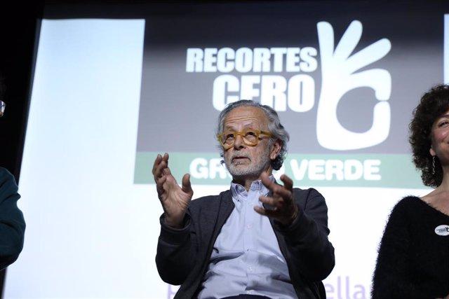 El cineasta (director, guionista y productor desde la Transición) Fernando Colomo durante el acto de presentación de su candidatura al Senado por la plataforma de electores Recortes Cero–Grupo Verde en las próximas elecciones generales del 28-A.